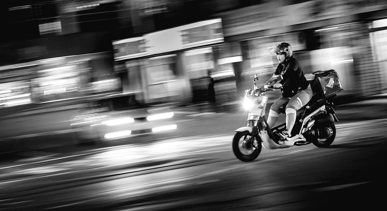 Speeding delivery driver in South Korea